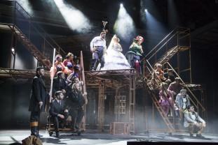 """Joi şi vineri, la Sala Mare a Teatrului Regina Maria - Spectacolul """"Revizorul"""" revine pe scenă"""