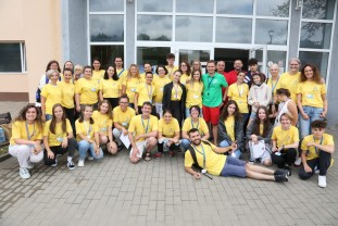 Pentru 16 cauze caritabile în Bihor, sute de ture de bazin - Super Eroii de lângă noi