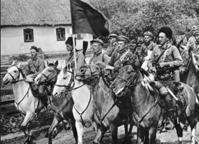 100 de ani. Războiul româno-ungar din 1919 - Atacul asupra cehoslovacilor
