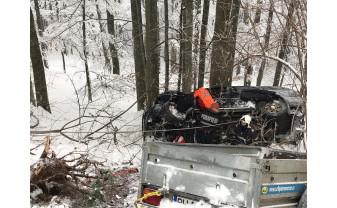Accident rutier în drum spre Stâna de Vale - Maşină căzută în râpă