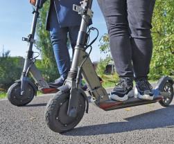 Poliţia Bihor atrage atenţia asupra modificărilor legislației rutiere - Circulaţia cu trotineta