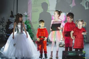 Elevii International School of Oradea - Spectacolul iernii la ISO