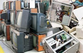 Sâmbătă, 10 aprilie - Colectarea deşeurilor electrice