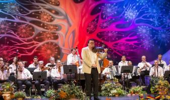 """Concert extraordinar de Ziua Națională a României - """"Din suflet de român"""""""