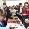 Liceul Teoretic Aurel Lazăr, la 29 de ani de existență - Carnavalul prăjiturilor