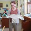 """Se strâng hăinuțe pentru bebelușii abandonați - Proiectul """"Zâmbet pentru copii"""""""