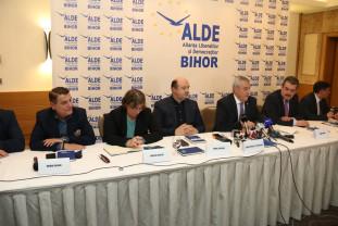 Agenda politică - Scandal la întrunirea ALDE de la Oradea