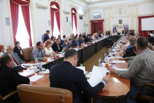 Consiliul Judeţean Bihor în şedinţă extraordinară - Discuţii pe buget