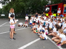 La Ștrandul Dinamo - Copiii învățați să-şi protejeze viaţa