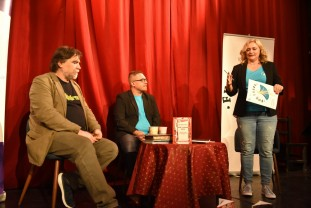 70 de ani de la înfiinţarea teatrului de păpuşi în Oradea - Festivalul Fux a debutat la Teatrul Arcadia