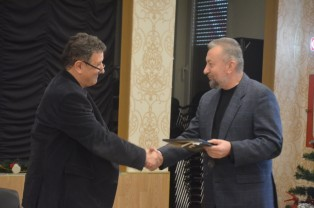 """Pentru volumul """"Poeme abandonate în cuvinte"""" - Ioan F. Pop, premiat de USR - Filiala Arad"""