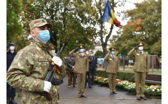 Ceremonial militar religios desfășurat la Oradea - Ziua Armatei Române