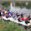 Elevii Liceului German au navigat pe saci cu PET-uri - Duși cu pluta, la Oradea