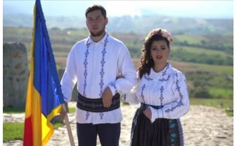 """""""Să fim uniți cu toții!"""" - Emilia Borza Șugar, în duet cu soțul ei, preotul Ioan Șugar"""