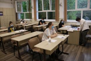 Săptămâna viitoare, peste 3.700 de elevi de clasa a VIII-a intră în examen - Începe Evaluarea Națională