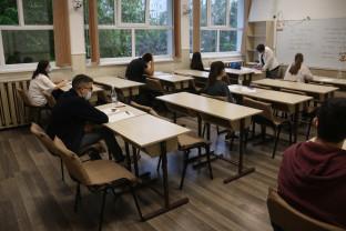 Săptămână de foc pentru absolvenții clasei a VIII-a - Începe Evaluarea Națională