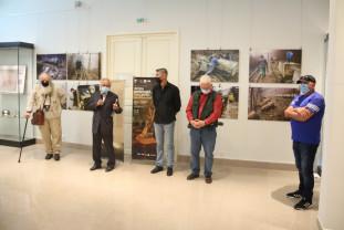 O imersie în viața unei comunități milenare a Europei - Expoziţie Roșia Montană la Oradea