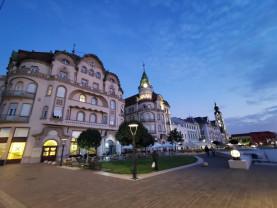 Duminică, incidenţa cazurilor era de 2,84 la mie - Oradea intră sub restricţii