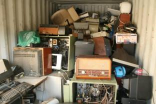 Sâmbătă, 1 august - Colectarea deşeurilor electrice