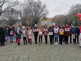 """Ziua Internațională a Persoanelor cu Dizabilități - """"Inimi pentru inimi"""", la Oradea"""