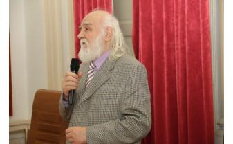 """Salonul Cavalerilor. Invitat de onoare, prof. univ. emerit dr. Viorel FAUR - """"Oradea a fost nu numai un oraș al independenței românilor, dar și unul al unirii"""""""