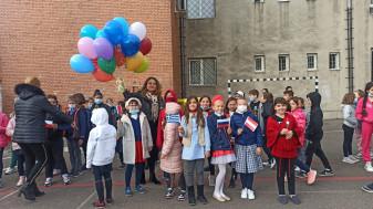Liceul de Arte. Muzică, poezie și lansare de baloane - Ziua Europeană a Limbilor