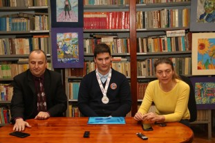 Vlad Iova, medialiat cu argint la Olimpiada Internațională - Munca şi pasiunea, cheia succesului