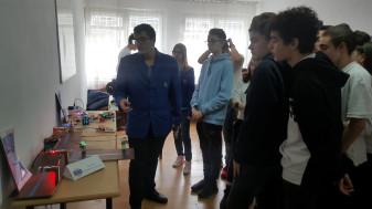 """Săptămâna Liceului Teoretic """"Aurel Lazăr"""" - A fost sărbătoare și la Clubul de Robotică"""