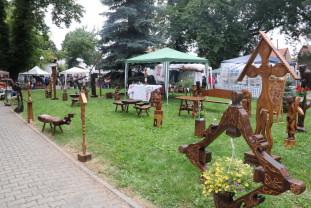 A doua parte ia startul în Parcul Bălcescu - Târgul Meşterilor Populari din România