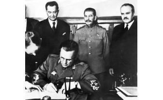 La 80 de ani de la semnarea pactului Ribbentrop-Molotov – Moscova a publicat protocolul secret