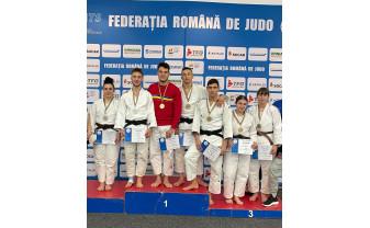 Medalii orădene la CN de judo pentru juniori - Încă un titlu de campion pentru Alex Creț