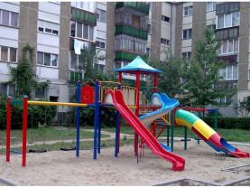 Primăria Oradea - Noi aparate în locuri de joacă