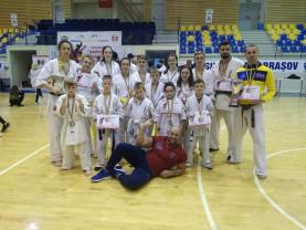 Bilanț excepțional pentru delegaţia beiuşeană - 12 medalii la Naționalele de Ashihara Karate