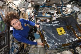 Astronauţii dezvăluie secretele care îi ajută să supravieţuiască complet izolaţi - Comunicarea, vitală