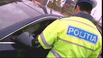 Şofer prins la volanul unei maşini furate, reţinut