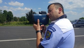 Un tânăr de 18 ani, înregistrat radar în timp ce gonea pe DN19E - Prins cu 187 de km/oră