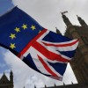 Demisii în lanţ după anunţarea acordului de retragere din UE - Cutremur politic la Londra