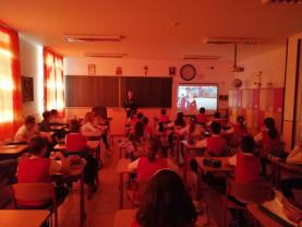"""Filmuleț anti-bullying, prezentat la """"Don Orione"""" - Polițiști, în mijlocul elevilor"""