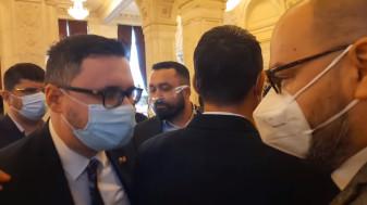Scandal fără precedent în Parlament – Deputatul Silviu Dehelean (USR) la un pas de bătaie cu Dan Tănasă (AUR)