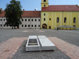 Arheoparc în incinta Palatului Princiar - Morminte regale în Cetatea Oradea