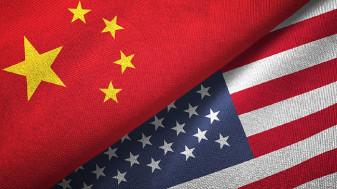 Beijingul acuză Washingtonul că pune în pericol pacea - O vizită controversată