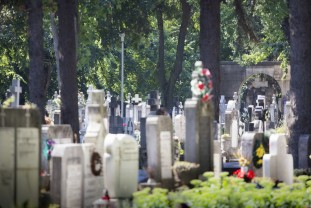 În această săptămână - Program prelungit la Cimitirul Municipal