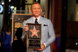 Daniel Craig a primit o stea pe Bulevardul Walk of Fame din Hollywood - Al cincilea rol şi ultimul