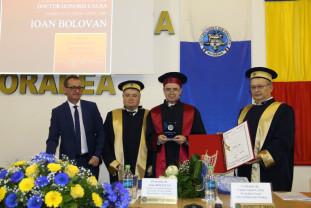 Istoricul Ioan Bolovan - Doctor Honoris Causa al Universității din Oradea