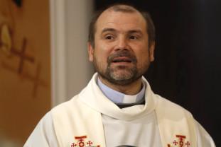 Pentru prima dată în istoria Bisericii Catolice - Un român, numit episcop auxiliar de Roma
