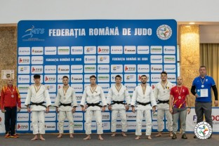 CSM Oradea a performat la Poiana Brașov - Doi medaliați cu aur la Cupa României