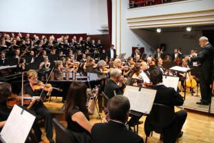 Duminică, 20 iunie, în Amfiteatrul din Cetate - Concert coral