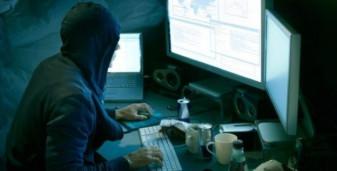 O grupare specializată în infracțiuni informatice destructurată, percheziții în 18 județe - Hackeri prinși de anchetatorii din Oradea