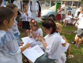 Aleşd: Ia românească - tărâm de poveste