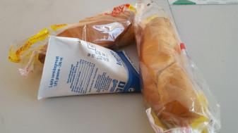 """Programul """"Laptele și cornul"""" - Zece primării fac achiziții proprii"""